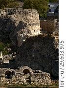 Купить «Руины в Херсонесе Таврическом, Севастополь», фото № 29603975, снято 1 сентября 2018 г. (c) Евгений Прокофьев / Фотобанк Лори