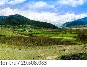Купить «Landscape of mountain Phobjikha valley, Bhutan Himalayas», фото № 29608083, снято 26 мая 2011 г. (c) Сергей Майоров / Фотобанк Лори