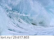 Купить «Big dramatic wave. Oahu, Hawaii, USA, Pacific Islands, Pacific Ocean.», фото № 29617803, снято 2 декабря 2013 г. (c) age Fotostock / Фотобанк Лори