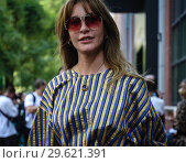 MILAN, Italy- September 20 2018: Ece Sukan on the street during the Milan Fashion Week. Редакционное фото, фотограф Mauro Del Signore / age Fotostock / Фотобанк Лори