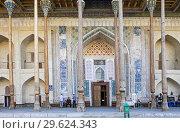 Купить «Bolo Hauz Mosque, Bukhara, Uzbekistan.», фото № 29624343, снято 27 января 2020 г. (c) age Fotostock / Фотобанк Лори