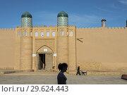 Купить «Main gate of Kuhna Ark, Execution Square, Khiva, Uzbekistan.», фото № 29624443, снято 28 января 2020 г. (c) age Fotostock / Фотобанк Лори
