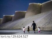 Купить «Walls of Ichon-Qala or old city, Khiva, Uzbekistan.», фото № 29624527, снято 24 июня 2019 г. (c) age Fotostock / Фотобанк Лори