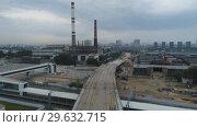 Купить «Construction of the overpass on the territory of the former ZIL. Moscow.», видеоролик № 29632715, снято 2 января 2019 г. (c) Александр Клёнов / Фотобанк Лори