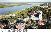Купить «Panoramic aerial view historical part of the Murom with Oka, Russia», видеоролик № 29640839, снято 28 июня 2018 г. (c) Яков Филимонов / Фотобанк Лори