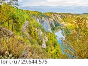 Купить «Panoramic scenic view from above on the rocky shore of the river. The nature of the Urals.», фото № 29644575, снято 7 сентября 2018 г. (c) Акиньшин Владимир / Фотобанк Лори