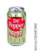 Купить «Dr Pepper», фото № 29647843, снято 5 января 2019 г. (c) Art Konovalov / Фотобанк Лори