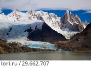 Купить «Lake at foot of Fitz Roy, Cerro Torre, Andes, Argentina», фото № 29662707, снято 1 февраля 2017 г. (c) Яков Филимонов / Фотобанк Лори