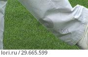 Man playing Golf. Стоковое видео, агентство Wavebreak Media / Фотобанк Лори