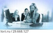 Купить «Businesswoman working on her desk», видеоролик № 29668127, снято 7 апреля 2020 г. (c) Wavebreak Media / Фотобанк Лори
