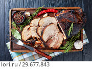 Купить «overhead view of Roasted pork ham, flat lay», фото № 29677843, снято 31 декабря 2018 г. (c) Oksana Zh / Фотобанк Лори