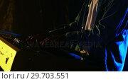 Купить «Man playing electronic keyboard 4k», видеоролик № 29703551, снято 7 марта 2017 г. (c) Wavebreak Media / Фотобанк Лори