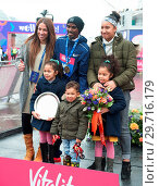 Купить «Vitality Big Half Marathon in London. The Finish Line and Presentations at the Cutty Sark in Greenwich, London Featuring: Sir Mo Farah, Tania Nell, Amani...», фото № 29716179, снято 4 марта 2018 г. (c) age Fotostock / Фотобанк Лори