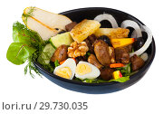Купить «Chicken hearts in salad with roasted cheese, peach, pear, quail eggs», фото № 29730035, снято 19 января 2019 г. (c) Яков Филимонов / Фотобанк Лори