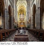 Купить «Интерьер собора Святого Вита в Праге, Чехия (2019 год)», фото № 29753635, снято 4 января 2019 г. (c) Юрий Кирсанов / Фотобанк Лори