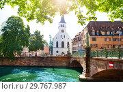 Купить «Church and bridge of St. Guillaume in Strasbourg», фото № 29767987, снято 28 мая 2017 г. (c) Сергей Новиков / Фотобанк Лори