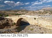 Купить «Ancient Roman bridge in Turkey», фото № 29769275, снято 19 августа 2008 г. (c) Stockphoto / Фотобанк Лори