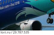 Купить «Airplane approaching at Phuket airport», видеоролик № 29787535, снято 30 ноября 2018 г. (c) Игорь Жоров / Фотобанк Лори