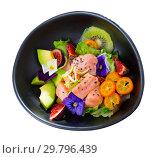 Купить «Ceviche of salmon with avocado, cumquat, kiwi fruit, figs», фото № 29796439, снято 19 апреля 2019 г. (c) Яков Филимонов / Фотобанк Лори