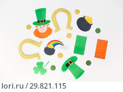 Купить «st patricks day decorations on white background», фото № 29821115, снято 31 января 2018 г. (c) Syda Productions / Фотобанк Лори