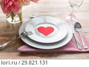 Купить «close up of table setting for valentines day», фото № 29821131, снято 9 февраля 2018 г. (c) Syda Productions / Фотобанк Лори