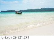 Beautiful beach on Koh Rong island in Cambodia (2013 год). Стоковое фото, фотограф Юлия Бабкина / Фотобанк Лори