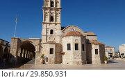 Купить «Larnaca, Cyprus - November 2. 2018. Church of St. Lazarus. The museum», видеоролик № 29850931, снято 3 февраля 2019 г. (c) Володина Ольга / Фотобанк Лори