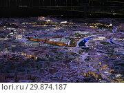 Купить «Центральные улицы города Москвы на большом макете мегаполиса в павильоне ВДНХ (ВВЦ)», эксклюзивное фото № 29874187, снято 22 декабря 2018 г. (c) Кузин Алексей / Фотобанк Лори