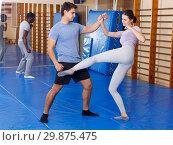 Купить «People practicing self defense techniques», фото № 29875475, снято 31 октября 2018 г. (c) Яков Филимонов / Фотобанк Лори