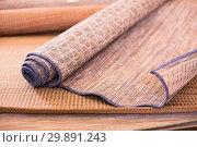 Купить «straw carpets in the shop», фото № 29891243, снято 22 ноября 2017 г. (c) Яков Филимонов / Фотобанк Лори