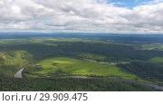 Купить «Aerial landscape with river in Ural mountains», видеоролик № 29909475, снято 29 декабря 2018 г. (c) Михаил Коханчиков / Фотобанк Лори