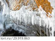Купить «Icicles of Lake Baikal», фото № 29919863, снято 8 марта 2017 г. (c) Юлия Белоусова / Фотобанк Лори