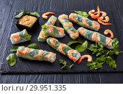 Купить «Fresh Spring Roll, Vietnamese Rice Paper Rolls», фото № 29951335, снято 10 февраля 2019 г. (c) Oksana Zh / Фотобанк Лори