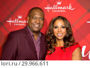 Купить «The Hallmark Channel had a special VIP Screening of 'Christmas at Holly Lodge' at The Grove in Los Angeles Featuring: Rodney Peete, Holly Robinson Peete...», фото № 29966611, снято 4 декабря 2017 г. (c) age Fotostock / Фотобанк Лори