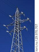 Купить «Опора ЛЭП с высоковольтными проводами на фоне голубого неба», фото № 29970707, снято 27 сентября 2009 г. (c) Александр Гаценко / Фотобанк Лори