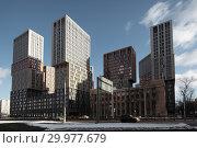 Москва, новостройки на Рублёвском шоссе, вид со стороны улицы Ярцевской (2019 год). Редакционное фото, фотограф Дмитрий Неумоин / Фотобанк Лори