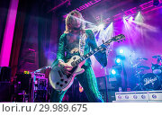 Купить «The Darkness performing live on stage at the O2 Guildhall Southampton in Southampton, Hampshire. Featuring: The Darkness, Justin Hawkins Where: Southampton...», фото № 29989675, снято 23 ноября 2017 г. (c) age Fotostock / Фотобанк Лори