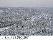 Купить «Amazing Wild Olanga River In Frozen Forest. Really Snowly Winter On The North. Aerial,  Paanajärvi, Karelia, Russia», фото № 29996267, снято 9 февраля 2019 г. (c) Кирилл Трифонов / Фотобанк Лори