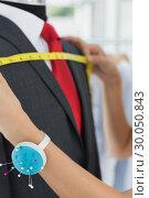 Купить «Hands measuring suit on dummy», фото № 30050843, снято 5 ноября 2013 г. (c) Wavebreak Media / Фотобанк Лори