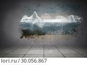 Splash on wall revealing energy wave. Стоковое фото, агентство Wavebreak Media / Фотобанк Лори