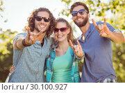 Купить «Hipster friends smiling at camera», фото № 30100927, снято 19 ноября 2014 г. (c) Wavebreak Media / Фотобанк Лори