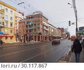 Купить «Улица Большая Покровская в Нижнем Новгороде», фото № 30117867, снято 17 февраля 2019 г. (c) Ельцов Владимир / Фотобанк Лори