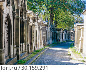 Купить «A view of the Pere Lachaise, the most famous cemetery of Paris, France, with the tombs of very famous people», фото № 30159291, снято 9 сентября 2018 г. (c) Николай Коржов / Фотобанк Лори