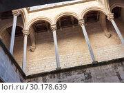 Купить «Gallery in royal residence of Monastery of Santes Creus», фото № 30178639, снято 27 января 2019 г. (c) Яков Филимонов / Фотобанк Лори