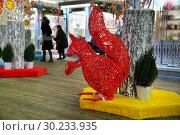 """Фестиваль """"Московская Масленица 2019"""", декорации на площади Революции. Редакционное фото, фотограф Dmitry29 / Фотобанк Лори"""