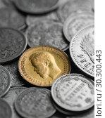 Купить «Монеты Российской империи», эксклюзивное фото № 30300443, снято 13 марта 2019 г. (c) Александр Алексеев / Фотобанк Лори