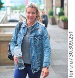 Купить «Gemma Atkinson is seen arriving for day 2 of rehearsals for TV show 'Strictly Come Dancing' Featuring: Gemma Atkinson Where: Liverpool, United Kingdom When: 13 Sep 2017 Credit: WENN.com», фото № 30309251, снято 13 сентября 2017 г. (c) age Fotostock / Фотобанк Лори