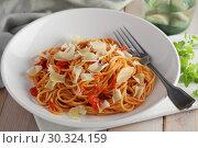 Купить «Spaghetti with tomato sauce and parmesan», фото № 30324159, снято 12 марта 2019 г. (c) Stockphoto / Фотобанк Лори