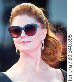 Купить «Arrivals at the premiere of 'The Leisure Seeker' during the 74th Venice Film Festival in Venice, Italy. Featuring: Susan Sarandon Where: Venice, Veneto, Italy When: 03 Sep 2017 Credit: WENN.com», фото № 30340895, снято 3 сентября 2017 г. (c) age Fotostock / Фотобанк Лори