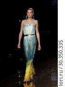 Купить «Mercedes-Benz Madrid Fashion Week - Duyos - Catwalk Featuring: Model Where: Madrid, Spain When: 18 Sep 2017 Credit: Oscar Gonzalez/WENN.com», фото № 30350335, снято 18 сентября 2017 г. (c) age Fotostock / Фотобанк Лори